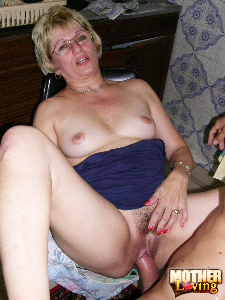sisters and brothers fuck incest taboo xxx:son fingers his own