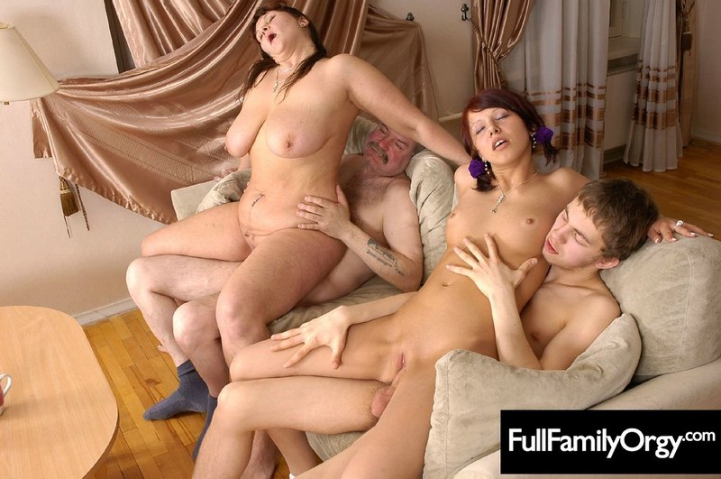 mature home family porno sex