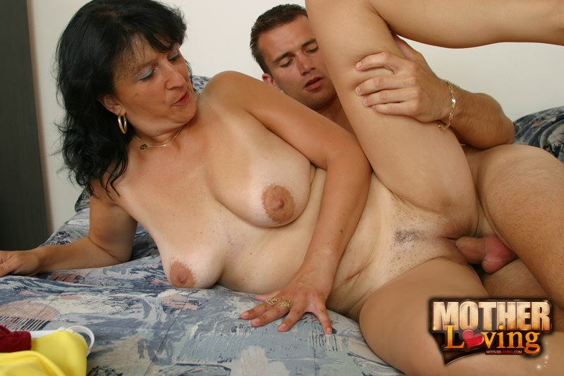 Apologise, but, French mom.porno